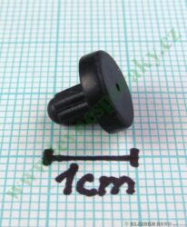 Opěrka vařidlové mřížky ( shodné s 813848 )-Pozor !!!  Tato opěrka je určena k vlepení do otvoru ve vařidlové mřížce. Původní provedení této opěrky ( 813848 ) mělo silnější dřík a drželo v mřížce jen na zamáčknutí. Pravděpodobně z důvodu, že se tyto opěrky již i během přepravy výrobků z mřížek uvolňovaly a ztrácely, udělal výrobce inovaci a průměr dříku byl snížen s tím, že se opěrka potom vlepovala do otvoru v mřížce lepícím černým silikonem s odpovídající tepelnou odolností. Nelze tak tuto opěrku použít jen na zamáčknutí do původní mřížky, ale musí se do otvoru v mřížce vlepit.